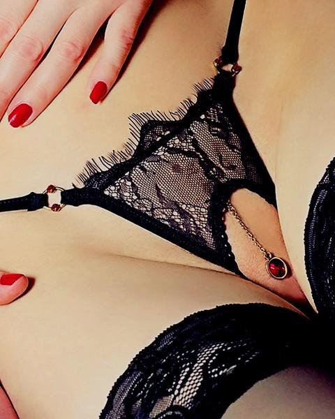 Sexy String Milena ouvert von Lola Luna